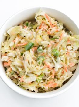 coleslaw salat priloha grilovane kura